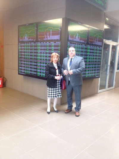 Attorney Kounoupis at the Athens Stock Exchange with The Secretary of the US Chamber of Commerce in Athens.